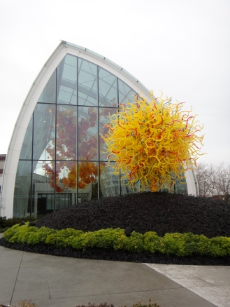 """Chihuly """"Sun"""" sculpture, Chihuly Garden and Glasshouse (c) Winter Shanck, 2012"""